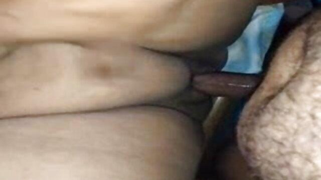सेक्सी टैटू एमआईएलए उसे गीला बिल्ली पर एक खिलौना का उपयोग हिंदी मूवी सेक्सी फुल करता है