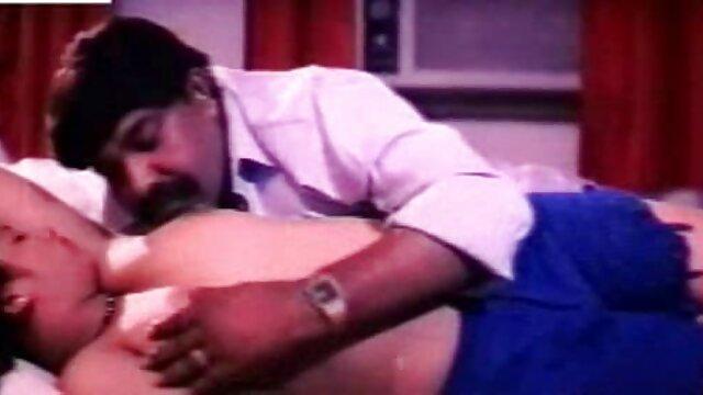 पहली बार लेस्बियन हो हिंदी मूवी सेक्सी ब्लू फिल्म जाता है