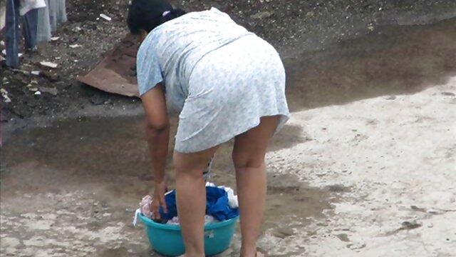 लंबे पैरों परिचारिका एरिका हिंदी सेक्सी मूवी देसी