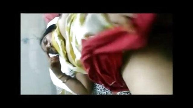 निगल लिया हिंदी सेक्सी मूवी फिल्म टैग टीम